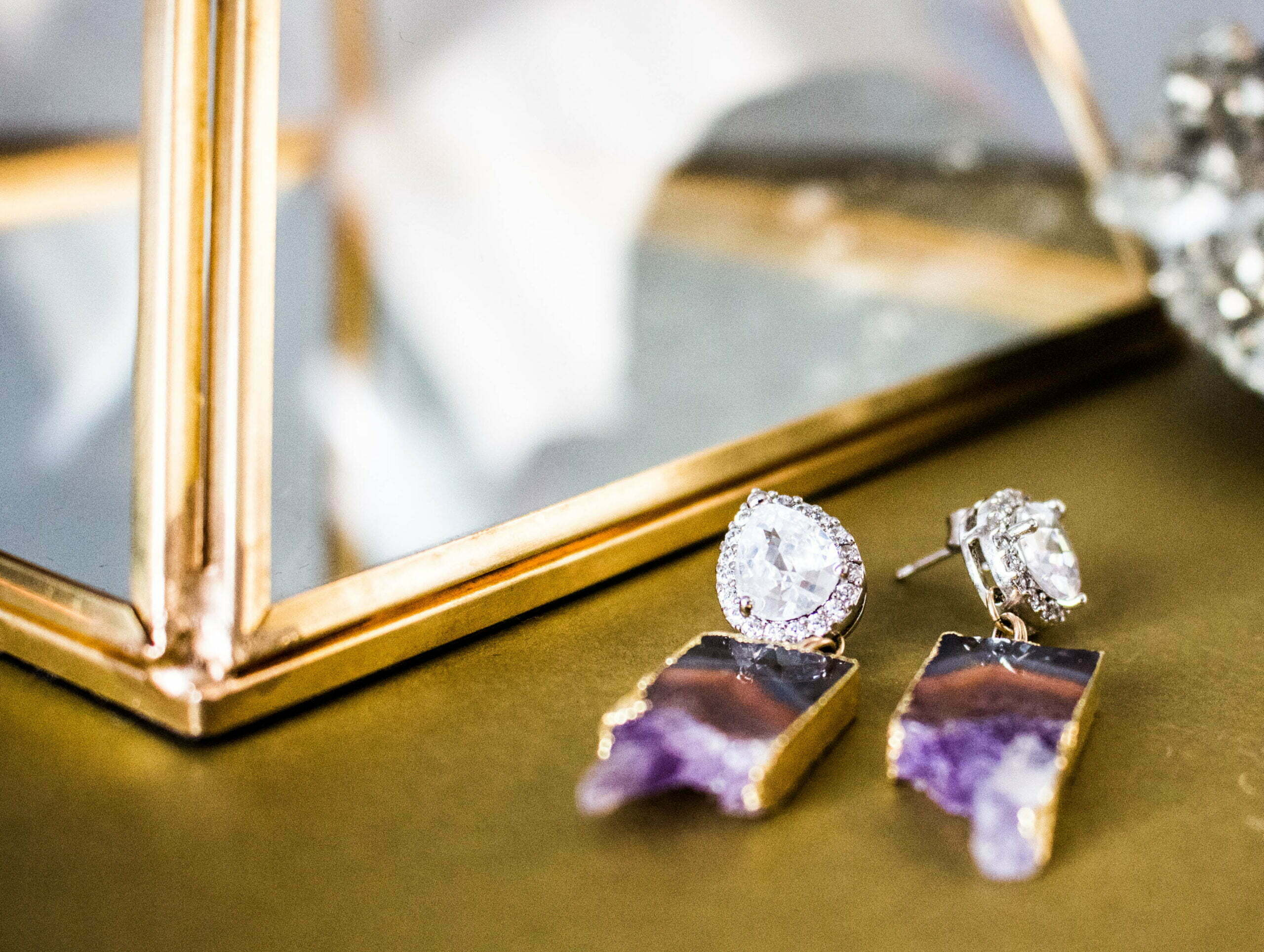Why Should You Invest In Antique Jewellery