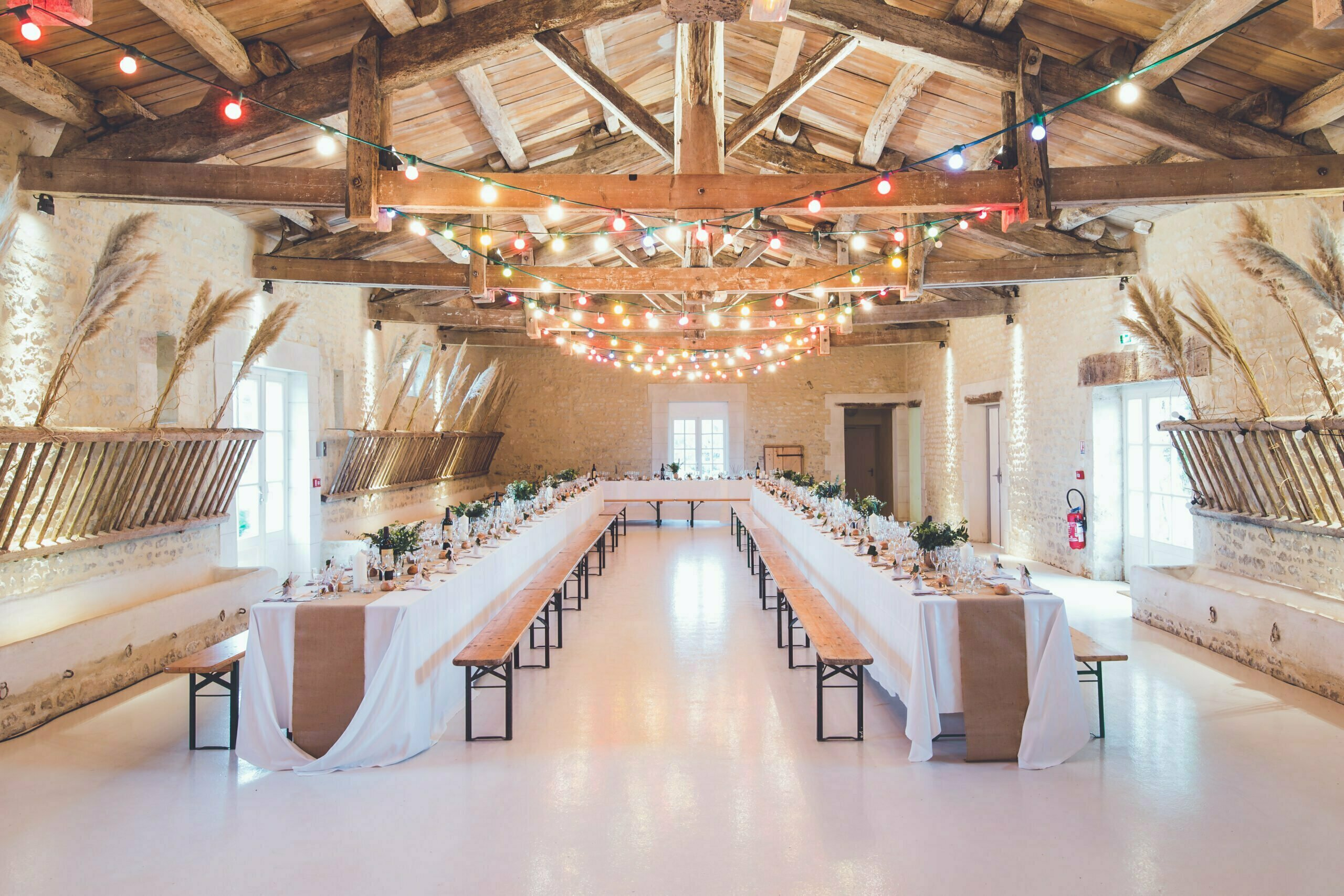 The Ultimate Guide to Decorating Your Wedding Venue